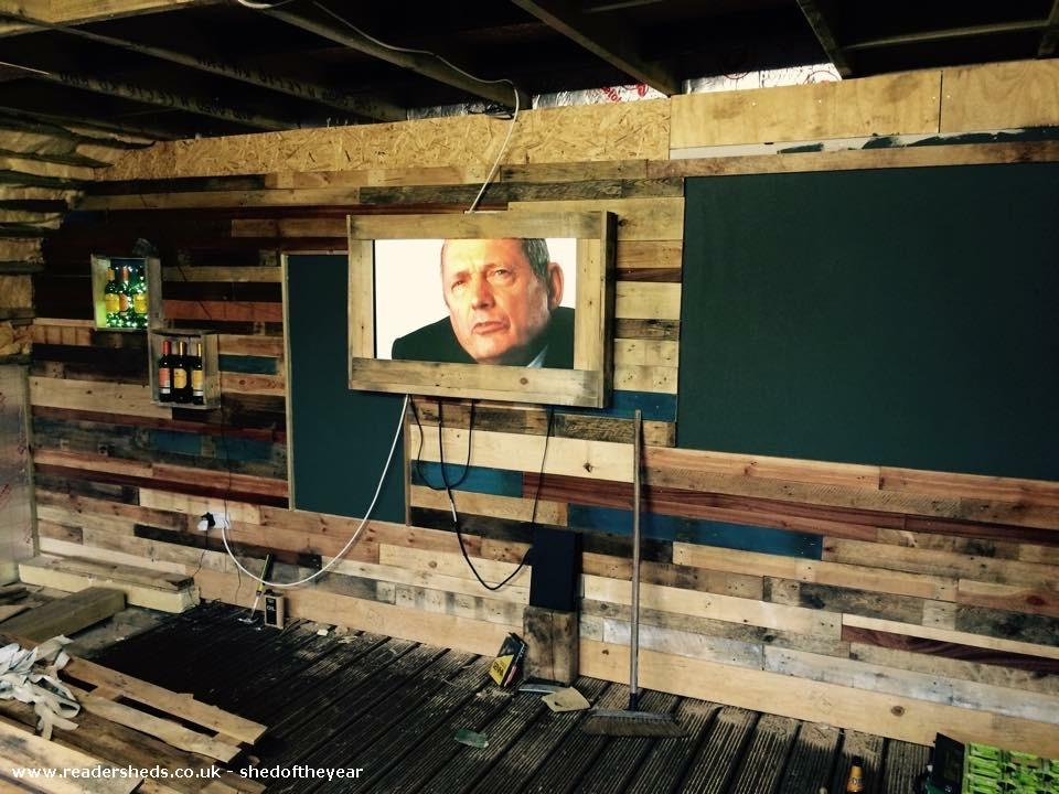 Photo of Noahs, entry to Shed of the year-Tv wall