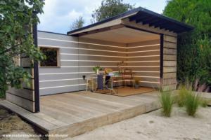 Scaffold Board Summer House - Scott Stickland - Garden