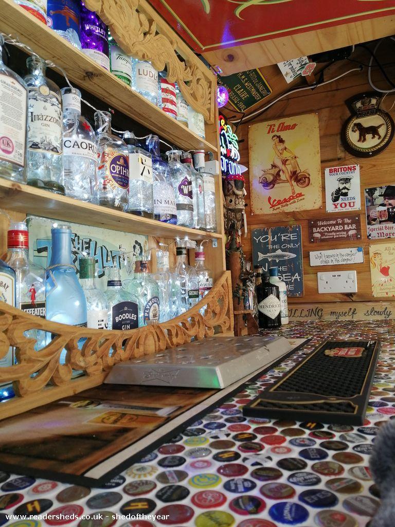 Bungy's Backyard Bar