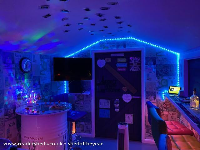 Photo of Leo's Bar & Spa, entry to Shed of the year-Inside