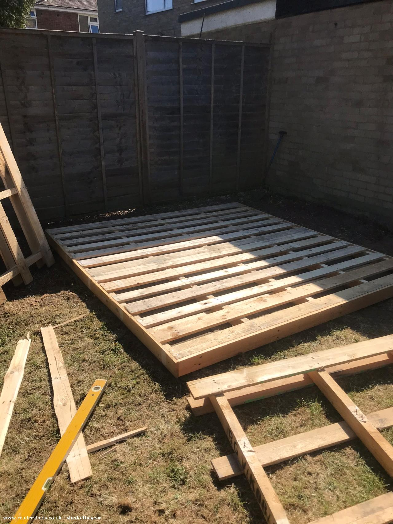 Photo of Trafford arms, entry to Shed of the year-Pallets made good for base